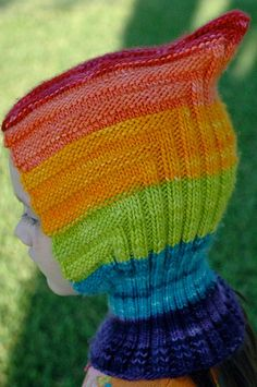 I just bought this! I'll make one for the kiddo, for sure. Then maybe one for me. Covers the ears without going over the eyes! And the little pixie top - precious!