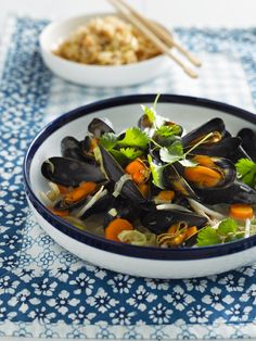 Clams Seafood, Fish And Seafood, Asian Recipes, Healthy Recipes, Vegan Fish, Deli Food, Happy Foods, Mussels, Vegetarian Cooking