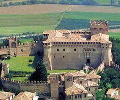 Castello di Gradara (Gradara Castle), Gradara, Marche, Italy. - www.castlesandmanorhouses.com