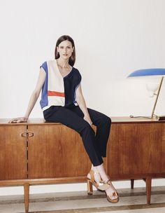 Esprit graphique façon sixties pour cette blouse Devernois - Collection automne / hiver 2017-2018. A retrouver dans notre boutique New Capucine à Vesoul.