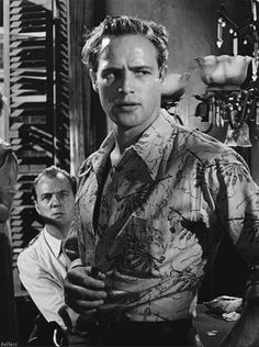 Mitch (Karl Malden) and Stanley (Marlon Brando) in A Streetcar Named Desire (1951)