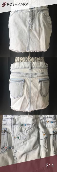 "Colin's Jeans light wash denim mini skirt small Waist 31"" Length 12""  Tags light wash denim Colin's Jeans Skirts Mini"