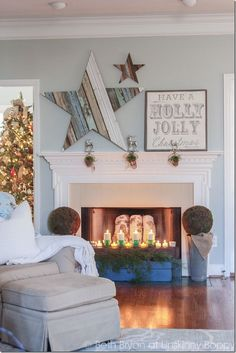 This DIY wood star mantlepiece is the perfect addition to your christmas mantel! Here's a tutorial on how to DIY this fun project. Christmas Mantels, Christmas Crafts, Christmas Decorations, Holiday Decor, Winter Christmas, Christmas Projects, Home Projects, Wood Stars, Pallet Crafts