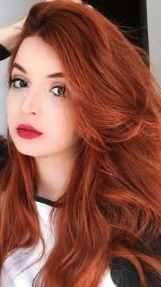 Geenali - T-Shirts, Hoodies and More. Auburn Balayage, Balayage Hair, Pretty Redhead, Red Hair Woman, Beautiful Red Hair, Auburn Hair, Red Hair Color, Grunge Hair, Redheads