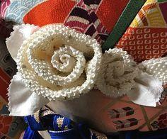 イメージ 5 Satin Flowers, Kimono Style, Yukata, Bustle, Kimono Fashion, Wedding Inspiration, Japanese, Play, Japanese Language