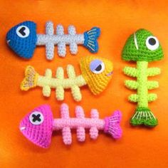 Fish Bone amigurumi crochet pattern by StripeysPatterns