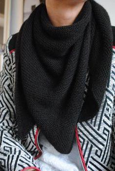 Entièrement neuf dans sa boîte Celeste Noir Cachemire Mélangé Infinity écharpe hiver chaud froid
