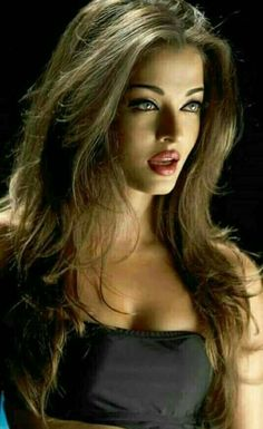 the beauty of Aishwarya Rai Beautiful Eyes, Most Beautiful Women, Beautiful People, Simply Beautiful, Actress Aishwarya Rai, Aishwarya Rai Bachchan, Bollywood Stars, Beautiful Indian Actress, Beautiful Actresses