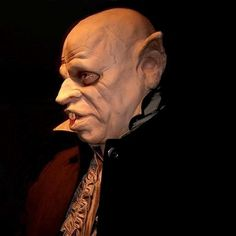 A true copy of the famous Nosferatu the Vampyre or vlad the impaler from the vampire movies or dracula to his freinds get your teeth in to this soft latex mask Haloween Mask, Nosferatu The Vampyre, Vlad The Impaler, Horror Masks, Scary Mask, Dracula, Statue, Halloween, Pictures
