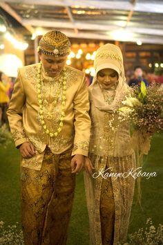 Kebaya Simple, Bride, Wedding Dresses, Inspiration, Beautiful, Fashion, Wedding Bride, Bride Dresses, Biblical Inspiration