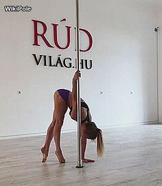 @olena_minina #WikiPole #poledance