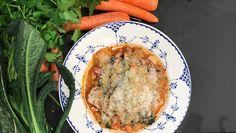 Vegetarret med bønner. Opskrift på bønnesuppe af kok Adam Aamann. Klimavenlig aftensmad. Bønner er sundt og mætter.