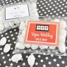 """A Lucky Pair"" Vegas Themed Personalized Jelly Bean Packs created by Event Blossom. Edible Favors, Edible Wedding Favors, Best Wedding Favors, Personalized Wedding Favors, Wedding Ideas, Wedding Favours Las Vegas, Vegas Themed Wedding, Las Vegas Weddings, Diy Wedding Supplies"