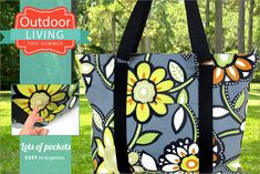 Pocketful Zippered Picnic Tote | Sew4Home