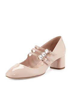 Patent mary jane pump by Miu Miu. Fab Shoes, Pretty Shoes, Sock Shoes, Shoe Boots, Patent Leather Pumps, Leather Shoes, Princess Shoes, Miu Miu Shoes, Block Heel Shoes