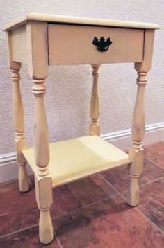 End table makeover - before and after pictures.  Lots of other furniture redos here too.