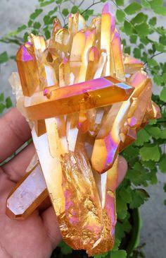 266g Yellow Aura Quartz Crystal Titanium Bismuth Silicon Cluster Rainbows S76