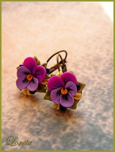 polymer clay flower earrings from Loreta Saulite
