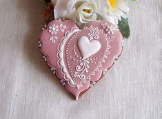 The Eyes of a Heart Elegant Cookies, Fancy Cookies, Heart Cookies, Iced Cookies, Cute Cookies, Cupcake Cookies, Valentines Day Cookies, Christmas Sugar Cookies, Easter Cookies