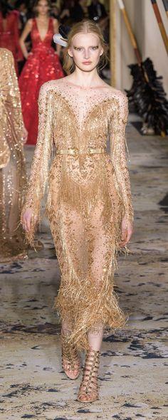 Zuhair Murad, Beautiful Gowns, Beautiful Outfits, Women's Runway Fashion, Golden Dress, Spring Couture, Fashion Capsule, Fantasy Dress, The Dress