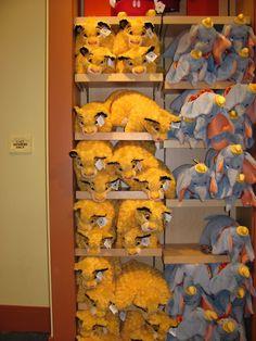 DISNEY PILLOW PETS Disney Pillow Pets, Neck Pillow, Disney Pictures, Disney And Dreamworks, Animal Pillows, Geeks, Pixar, Dinosaur Stuffed Animal, Geek Stuff
