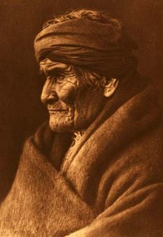 Geronimo - (Native American Warrior) - 1907 - Photographed by Edward Sheriff Curtis