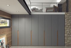Our hinged door wardrobes are at the highest level of precision and design. Interesting rich colours to modernize your space, make it alive in your home, blend in with all the other interior in the house. In most cases there are several sizes, finishes and even styles of handles to choose from, as well as the very useful option of customisation. Wardrobe Interior Design, Wardrobe Door Designs, Wardrobe Design Bedroom, Bedroom Furniture Design, Closet Designs, Interior Design Living Room, Armoire Entree, Bedroom Cupboard Designs, Bedroom Wardrobe