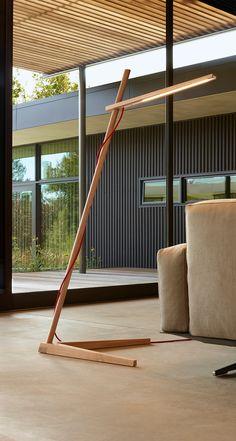 Simple Yet Brilliant Wood Floor Lamp Shows Minimal Vibe and Sleek Design in Modern Open Concept - Designs we love - beleuchtung Diy Floor Lamp, Wooden Floor Lamps, Glass Floor Lamp, Wooden Lamp, Wood Floor, Contemporary Floor Lamps, Dashboard Design, Open Concept, Interior Lighting