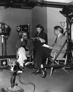 John Ford, Roddy McDowall and screenwriter Philip Dunne on set of How Green Was My Valley, 1941. #DirectedbyJohnFord