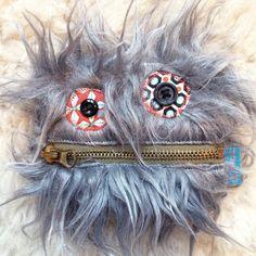 ★ NOUVEAU ★ Porte monnaie monstre gris poils longs doublé coton pois