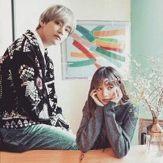 Kpop Couples, Cute Couples, Girls Dresses, Flower Girl Dresses, Blackpink And Bts, Death Note, Girl Group, Taehyung, My Photos