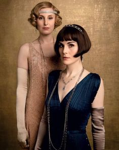 Michelle Dockery and Laura Carmichael in Downton Abbey Downton Abbey Mary, Downton Abbey Movie, Downton Abbey Fashion, The Great Gatsby, Great Gatsby Party, Edith Crawley, Lady Mary Crawley, Peaky Blinders, Downton Abbey Costumes