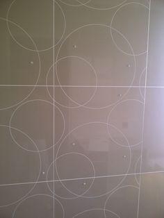 Circle Scribe Bathroom Decor @ www.interiormotives.co.za