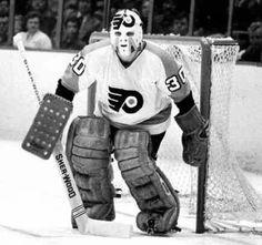 Gary Inness Flyers Players, Flyers Hockey, Hockey Goalie, Hockey Teams, Ice Hockey, Nhl, Philadelphia Sports, Goalie Mask, Masked Man