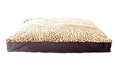 GoodDogBeds 50 by 60-Inch Faux Fur Rectangle Dog Bed, XX-Large, Cheetah GoodDogBeds http://www.amazon.com/dp/B00NLQYTVG/ref=cm_sw_r_pi_dp_stmAub0GM1C5D