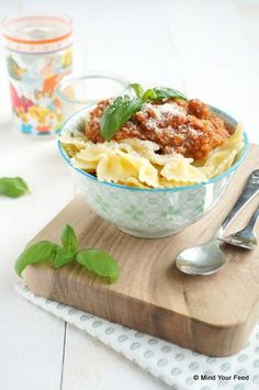 pastasaus met veel groenten die onzichtbaar zijn voor kids