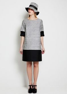 Jalustin dress by Marimekko Fashion Over 50, Look Fashion, Womens Fashion, Simple Dresses, Dresses For Work, Easy Dress, Marimekko Dress, Dress Skirt, Shirt Dress