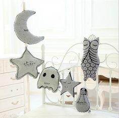 Oreillers lumineux 15$ Moon Star lumière ampoule oreiller coussins décoratifs Aliexpress.com
