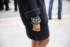 Bracelet Chanel http://www.vogue.fr/defiles/street-looks/diaporama/street-looks-a-la-fashion-week-de-paris-jour-8-1/15531/image/867055#!bracelet-chanel
