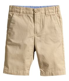Welcome to H&M, your shopping destination for fashion online. H&m Online, Chino Shorts, Baby Boy Outfits, Fashion Online, What To Wear, Kids Fashion, Boys, Clothes, Shopping