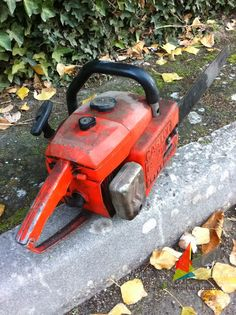 Motosierra CASTOR C70 ANTIVIB - OLD/VINTAGE CASTOR C70 CHAINSAW Power Saw, Leaf Blower, Chainsaw, Outdoor Power Equipment, Wood, Vintage, Saw Tool, Woodwind Instrument, Timber Wood