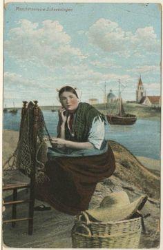 Geromantiseerde afbeelding van een Scheveningse vrouw in dracht. ca 1910 JH Schaefer, Amsterdam #ZuidHolland #Scheveningen