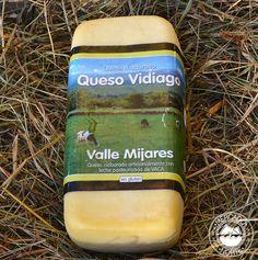 Queso Vidiago barra. Se trata de un queso elaborado con leche de vaca pasteurizada, con un sabor suave y un peso aproximado de 1kg - 1,3 kg. http://www.elmercadodelnorte.com/categoria-producto/quesos/
