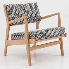 Benchmark Low Armchair by Jens Risom (Decorex International 2012 preview)