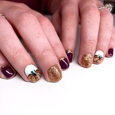 Hand painted fall pumpkin nail design on natural nails with copper glitter nail and cuticle cuff and dark maroon color Urban Outfitters Jeans, Nail Pro, Nail Tech, Polyvore Outfits, Glitter Nails, Gel Nails, Painted Nail Art, Hand Painted, Winter Date