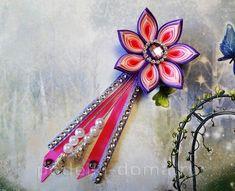 Красива рожево-бузкова шпилька зі стрічок, канзаші. Майстер-клас   podelki-doma.ru Kanzashi, Floral, Flowers, Hairpin, Bias Tape, Lilac, Royal Icing Flowers, Florals, Flower