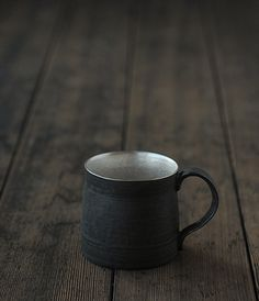 Tatsuya Hattori Ginsai Mug Cup Honey And Cinnamon, Cinnamon Powder, Ground Cinnamon, Cafe Cup, Cafetiere, Stained Glass Designs, Japanese Ceramics, Do It Yourself Crafts, Ceramic Cups