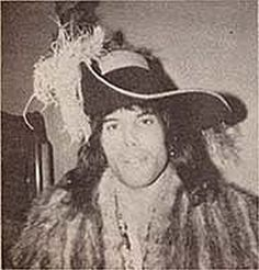 Mary Austin Freddie Mercury, British Rock, John Deacon, Save The Queen, Lily Of The Valley, Rock Bands, Cowboy Hats, Singer, God