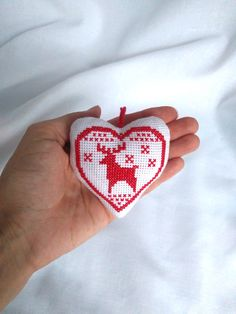 Christmas decorations Christmas decor diy Christmas gifts Christmas tree Christmas toys Christmas home decor Christmas handmade gifts Christmas ornament Red white christmas heart Embroidered deer