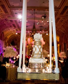No celebration is complete without a fabulous wedding cake…Explore the stunning creations by #TheBreakers Cake Shop.